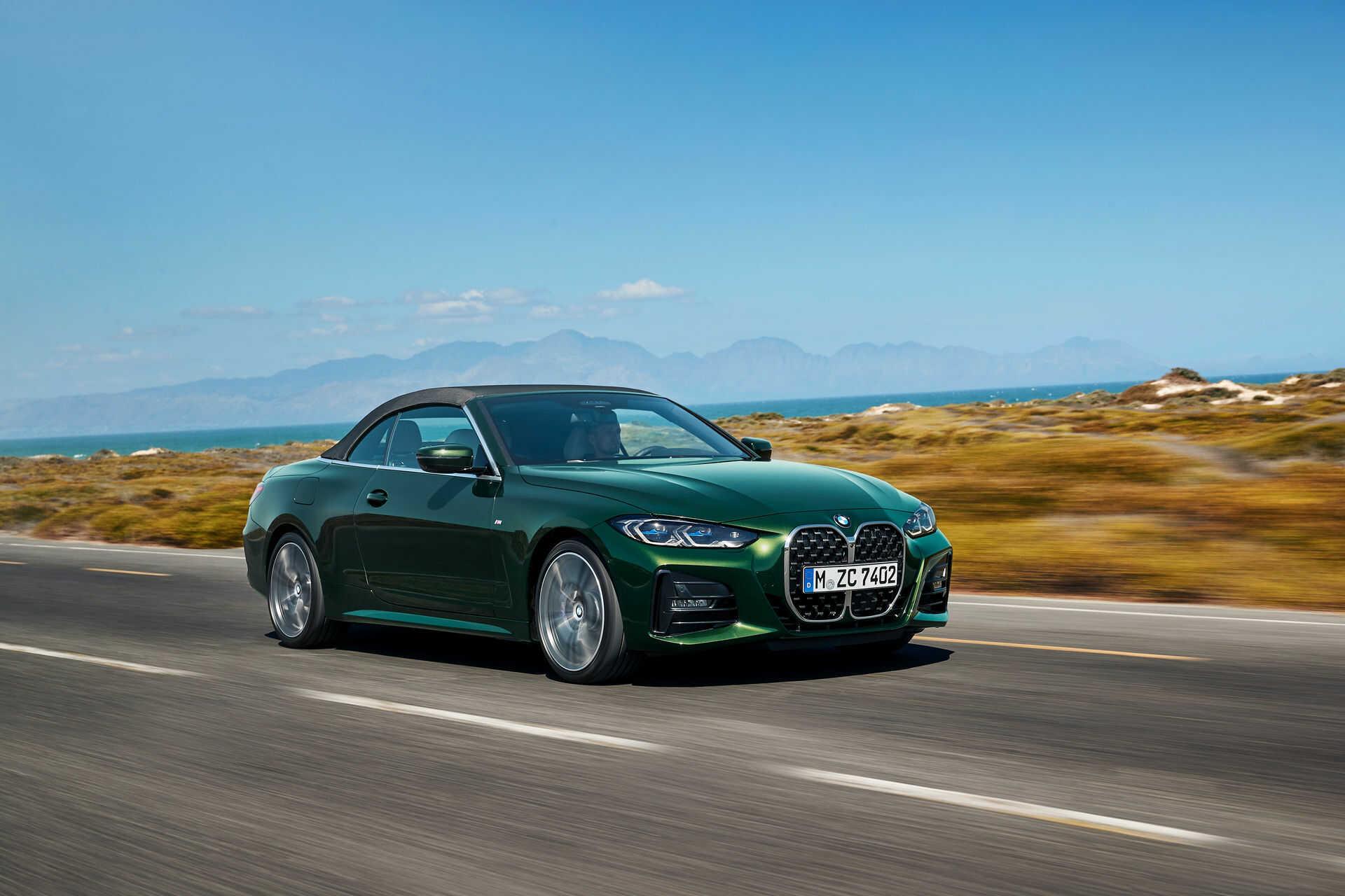 Khả năng vận hành vượt trội của BMW 430i Convertible 2021.
