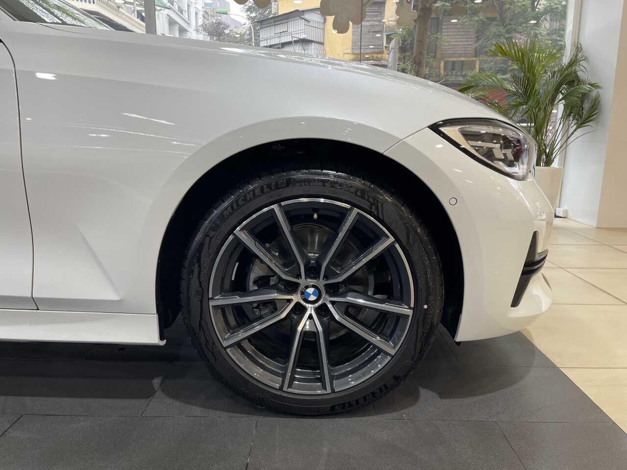 Mâm xe BMW 320i Sport Line Plus