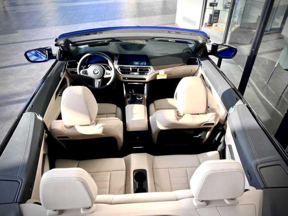Không gian nội thất xe BMW 430i Convertible 2021